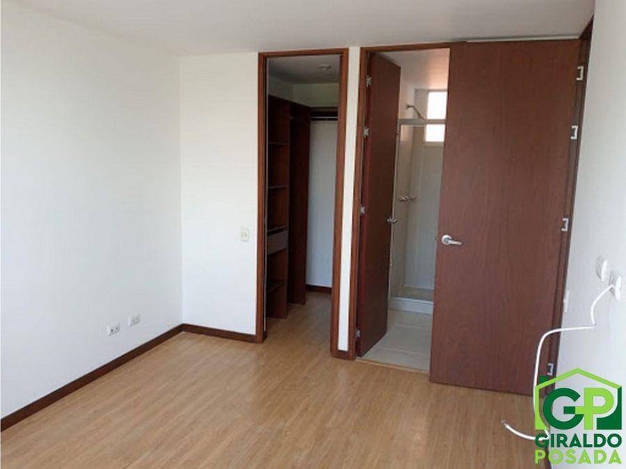 arriendo apartamento en envigado loma del esmeraldal