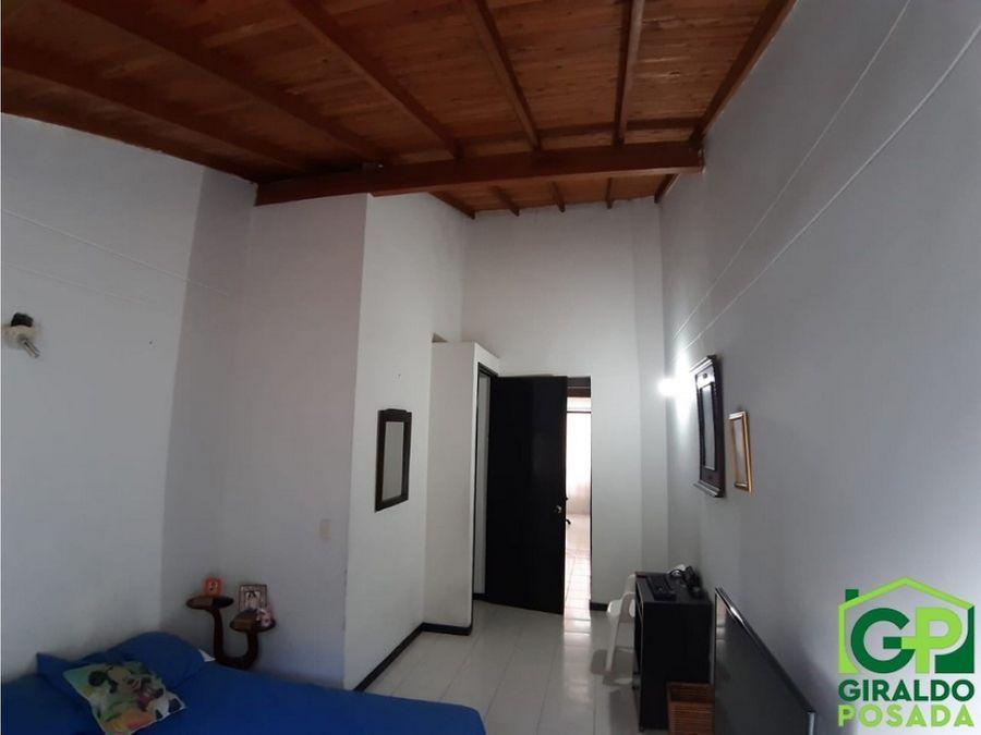 vendo bonito apartamento en poblado san diego