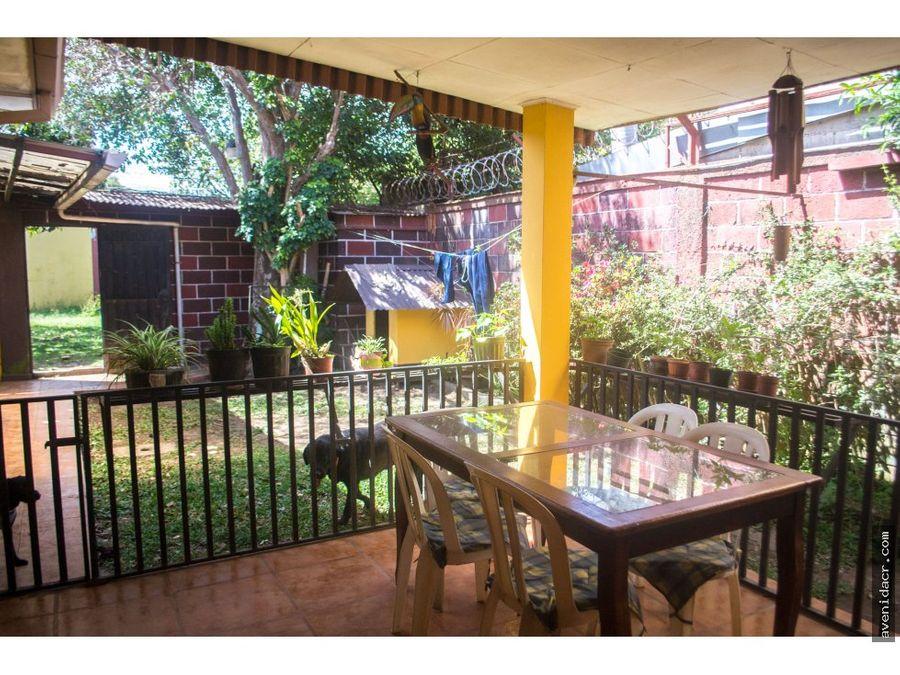 vendo casa cerca a mall uned ucr 33 079 0216