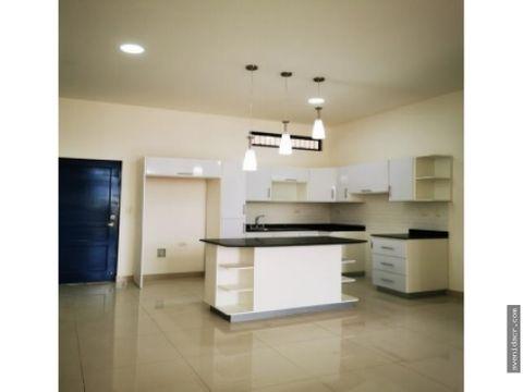 alquilo hermoso apartamento 21 132 0316