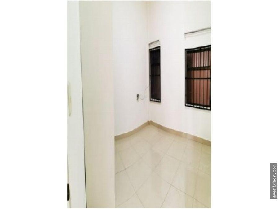 espectacular apartamento en alquiler 21 132 0316