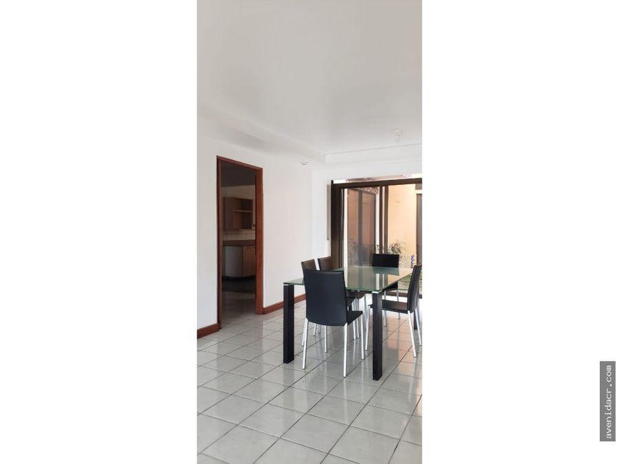 vendo hermosa casa en san pedro 33 184 0235