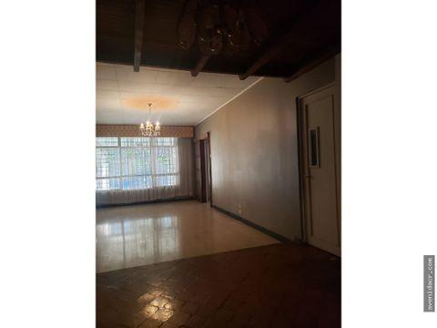 vendo hermosa casa 33 108 0226