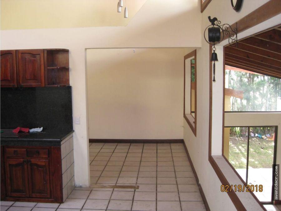 vendo maravillosa casa en san ramon 33 073 0232