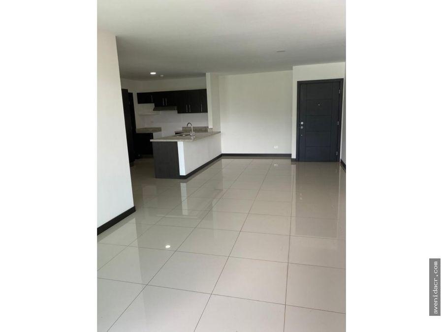 alquilo apartamento en curridabat 21 028 0314