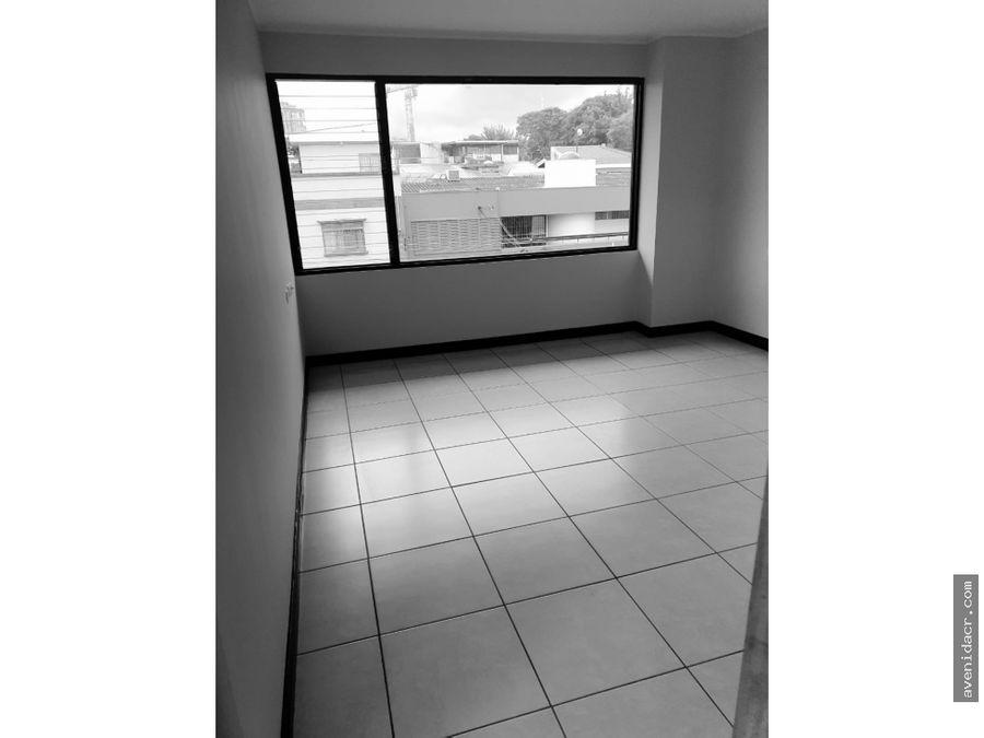alquilo espectacular apartamento 21 058 0359