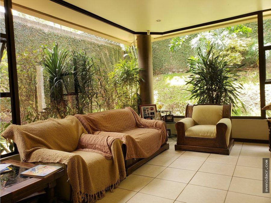 preciosa casa para la venta en ayarco 33 083 0222
