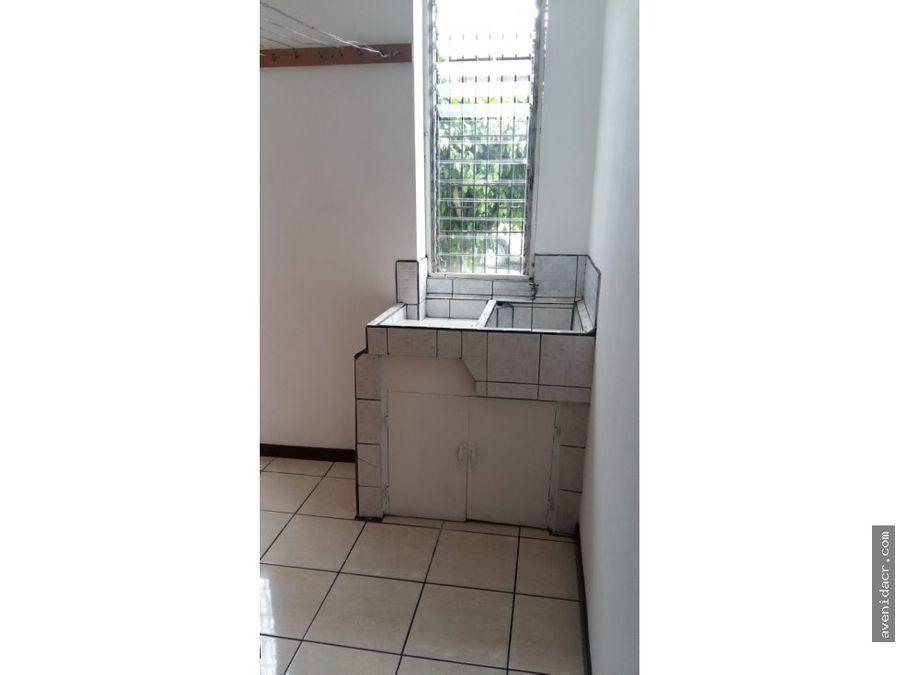 alquilo maravilloso apartamento en san pedro 21 051 0352