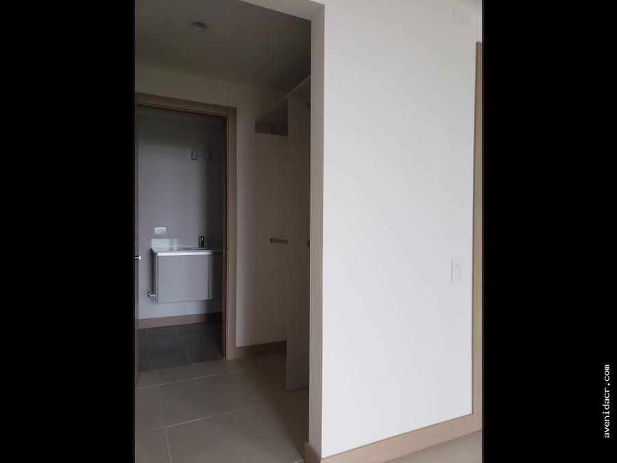 alquilo apartamento nuevo 21 100 0300