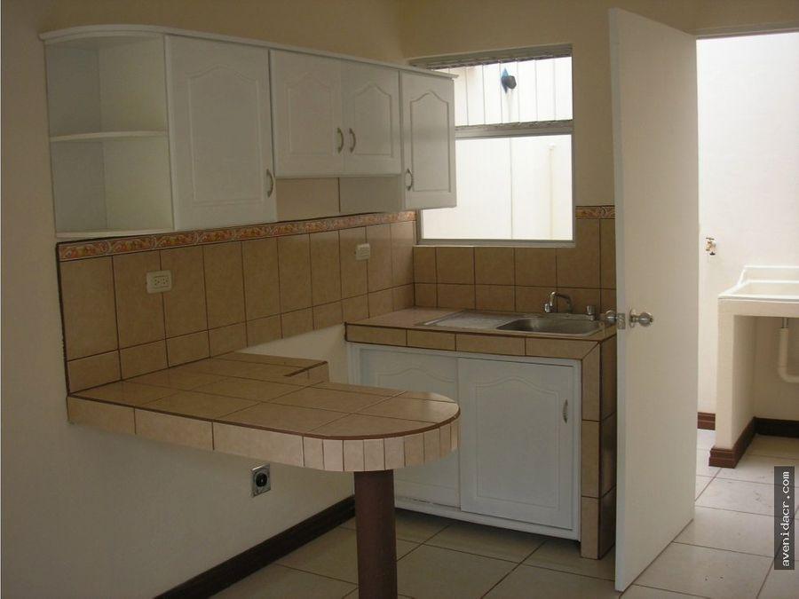 vendo 4 apartamentos hermosos 31 060 0061