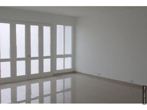 vendo hermosa casa 31 038 0121