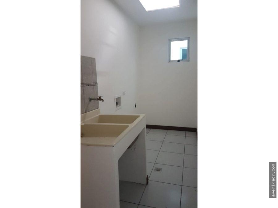 alquilo maravilloso apartamento en san pedro 21 137 0302 16