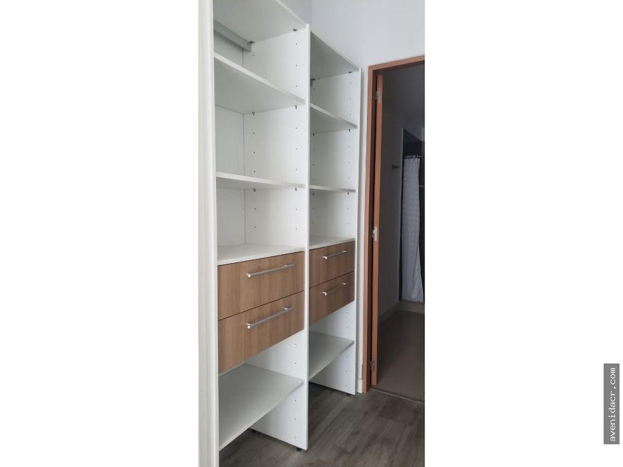 alquilo maravilloso apartamento en condominio 21 196 0368
