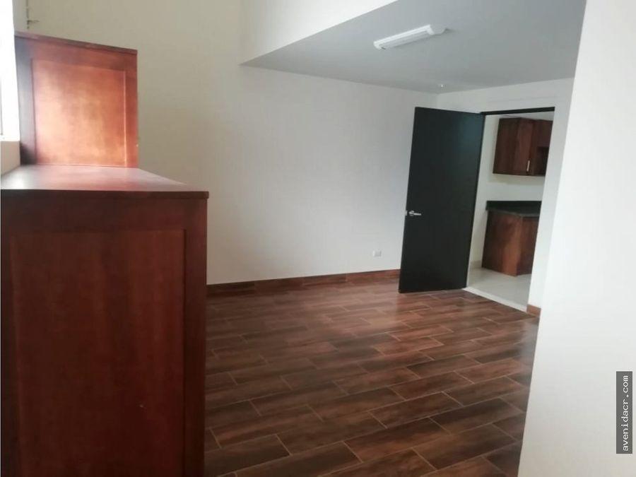 alquilo maravilloso apartamento 21 153 0342