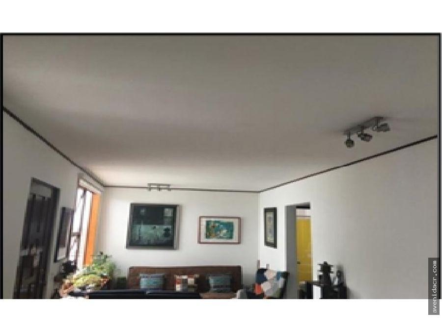 se vende amplio apartamento mall 31 037 0274