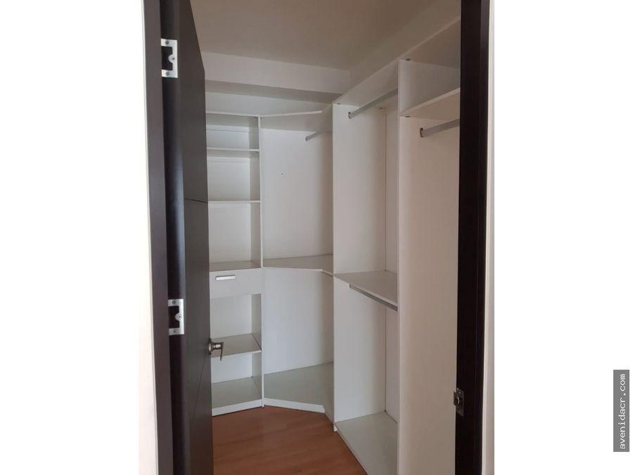 alquilo hermoso apartamento en la sabana 21 075 0339