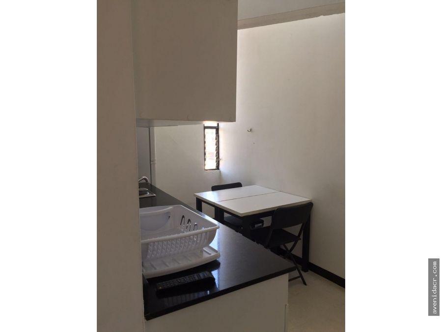 alquilo espectacular apartamento amoblado 22 094 0196
