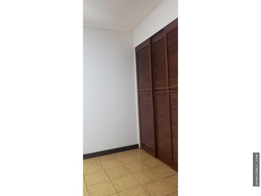 alquilo precioso apartamento 21 160 0348