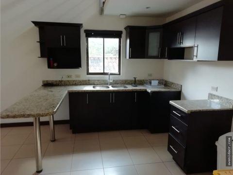 alquilo maravilloso apartamento en condominio 21 153 0369