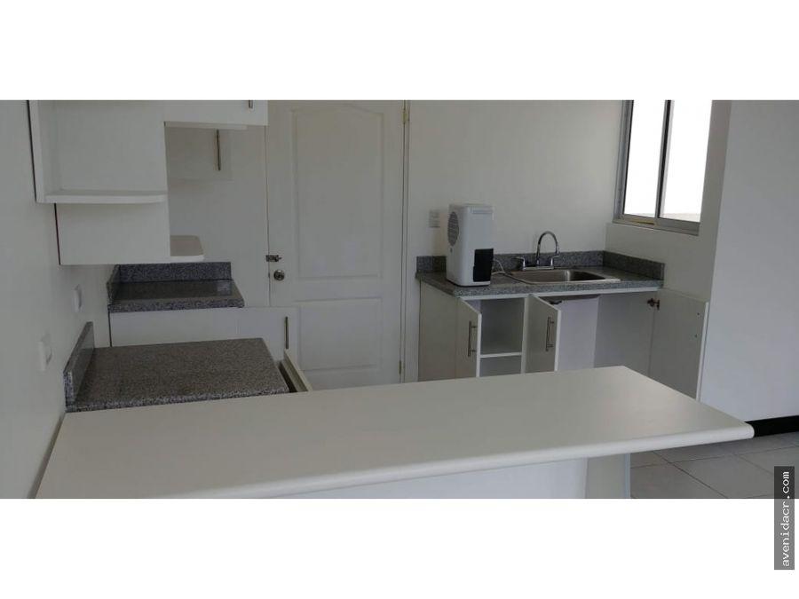 alquilo maravilloso apartamento 21 064 0364