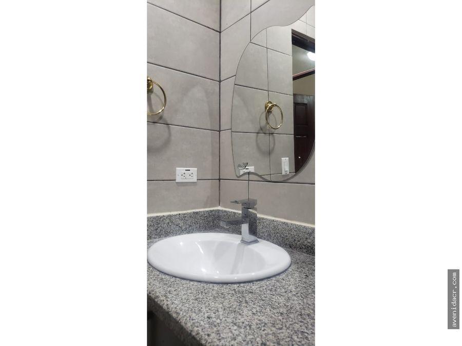 alquilo maravilloso apartamento 21 195 0366