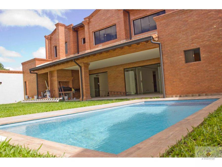 residencia en venta en villa aurelia