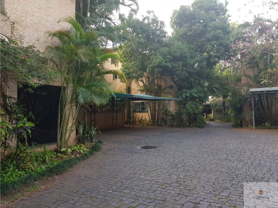 casa botanica los laureles