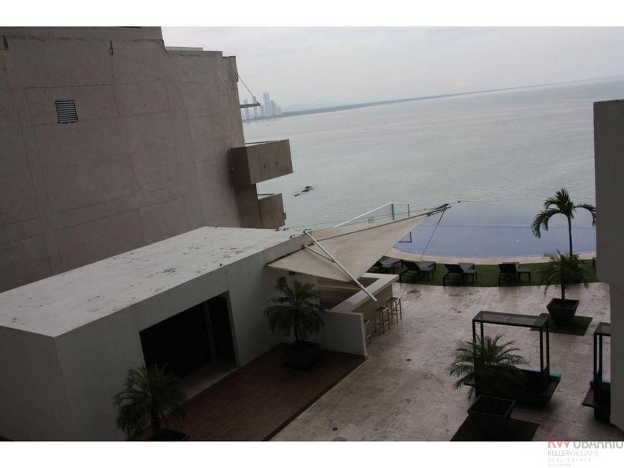 apartamento con vista al mar en punta pacifica