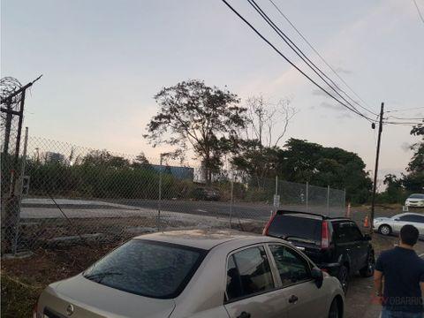 renta de lote re de 800m2 en parque lefevre