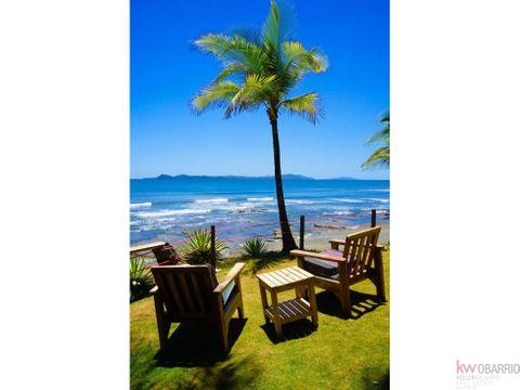 se vende hotel de playa