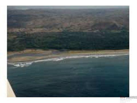 lote frente a playa en pedasi playa oria