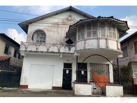 se vende casa estilo contemporaneo en el casco antiguo de colon eb