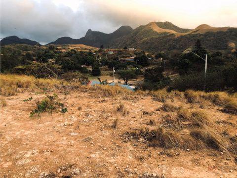 se vende terreno en laguna de san carlos