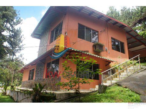 casa en cerro azul