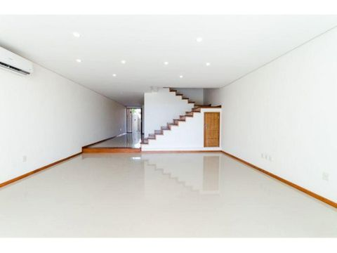 coqueto duplex minimalista