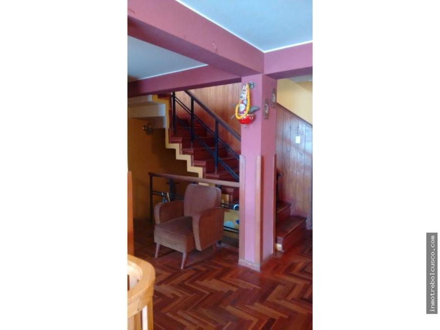 vendo casa en urb santa monica wanchaq cusco peru