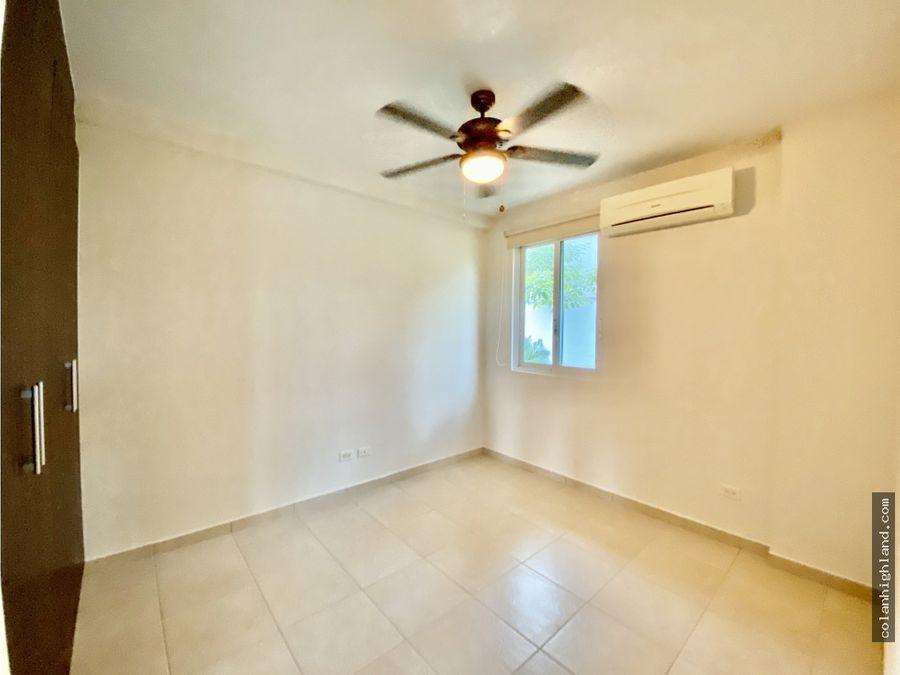 se vende apartamento en bijao beach club residences