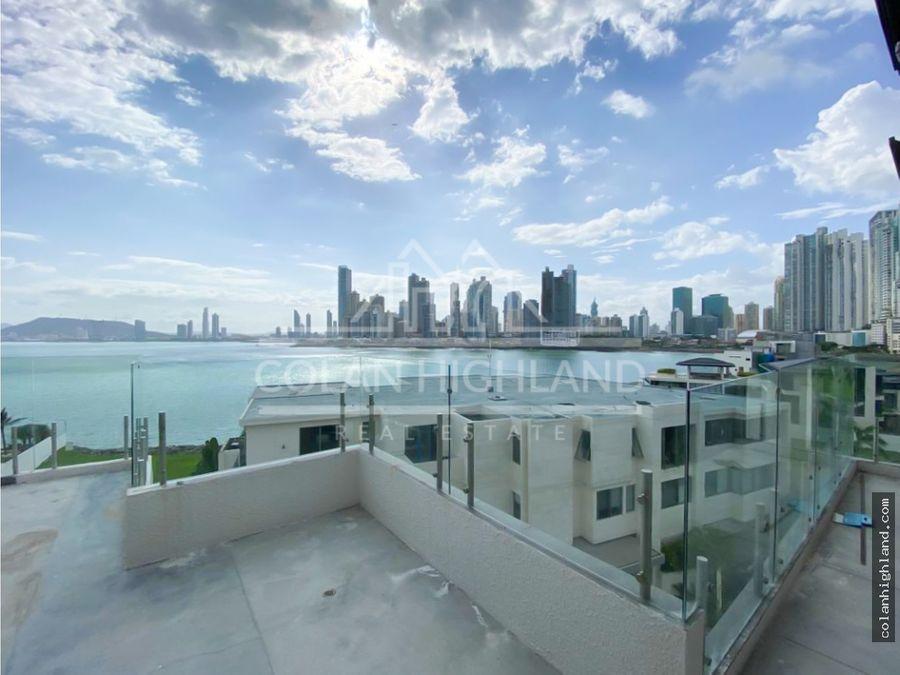 se vende penthouse en ocean reef islands