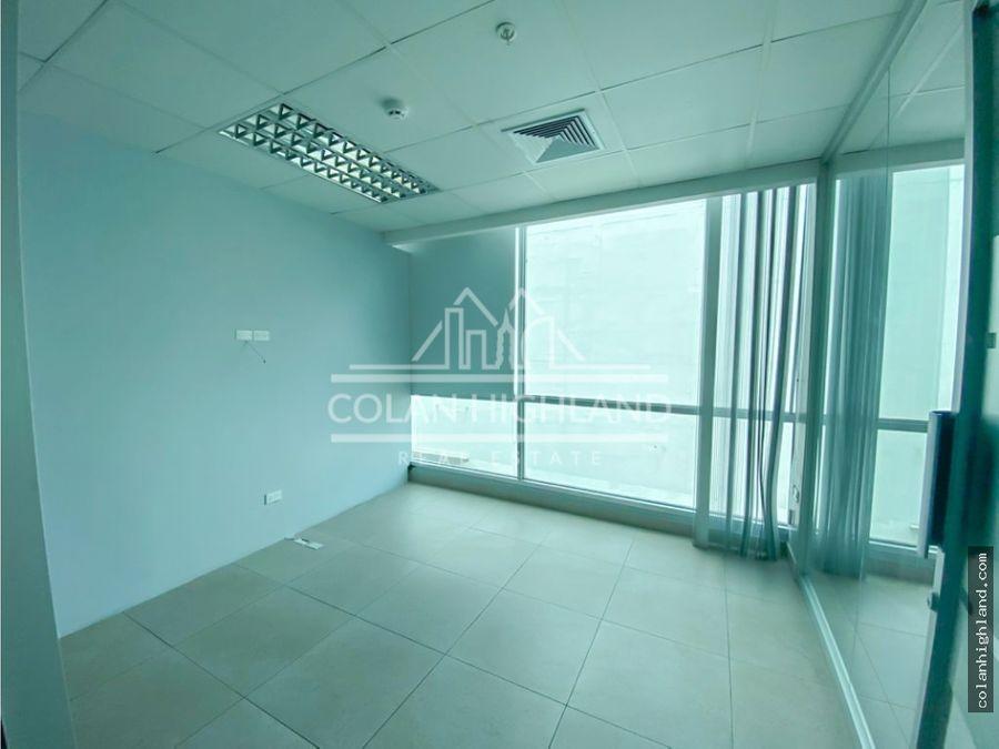 se alquila oficina en costa del este edificio bmw