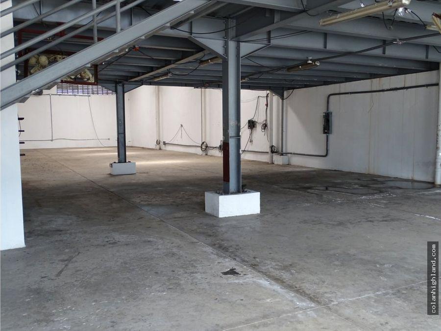 venta o alquier de galeras en parque industrial de las americas