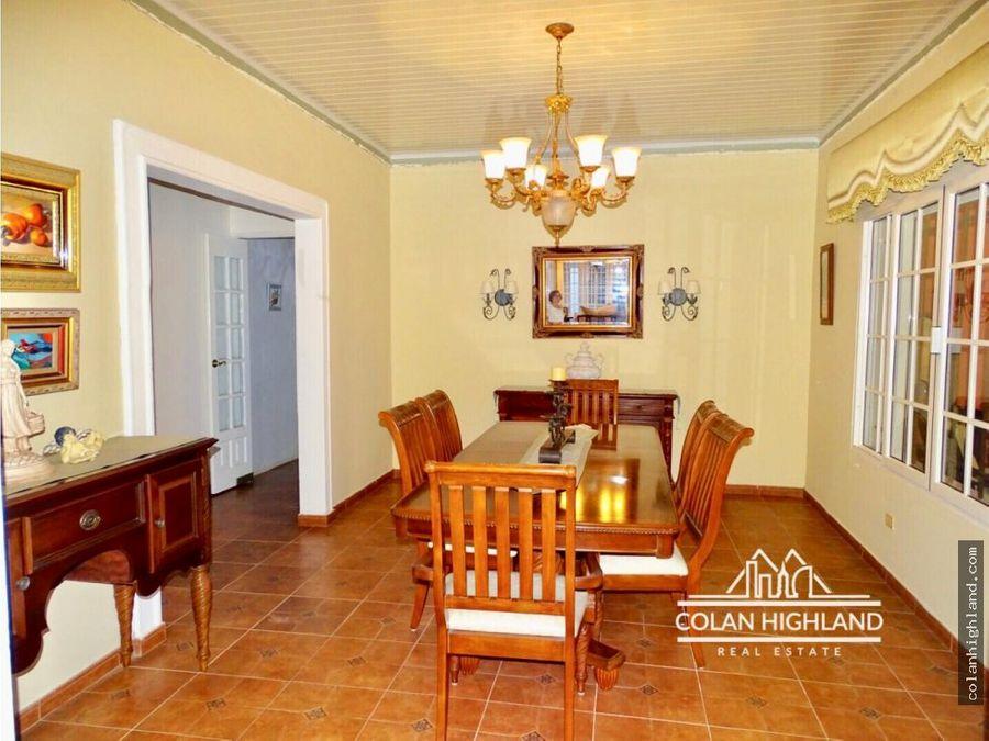 se vende casa en las tablas con amplio terreno