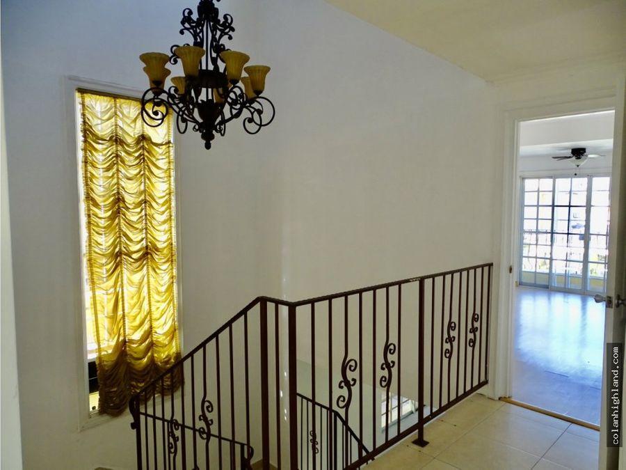 se vende casa en golden spring condado del rey