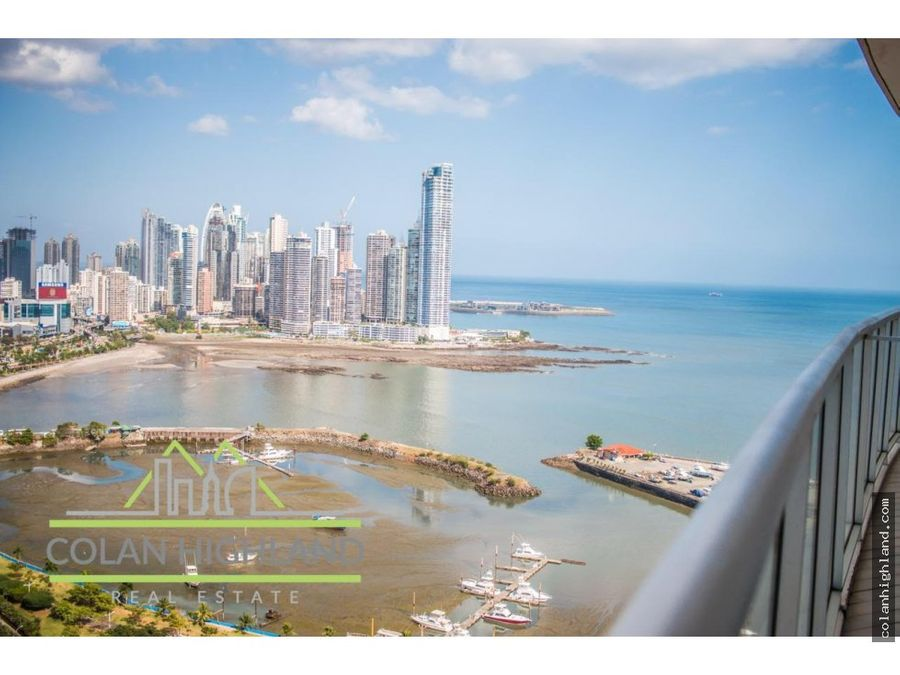 se vende ph yatch club avenida balboa