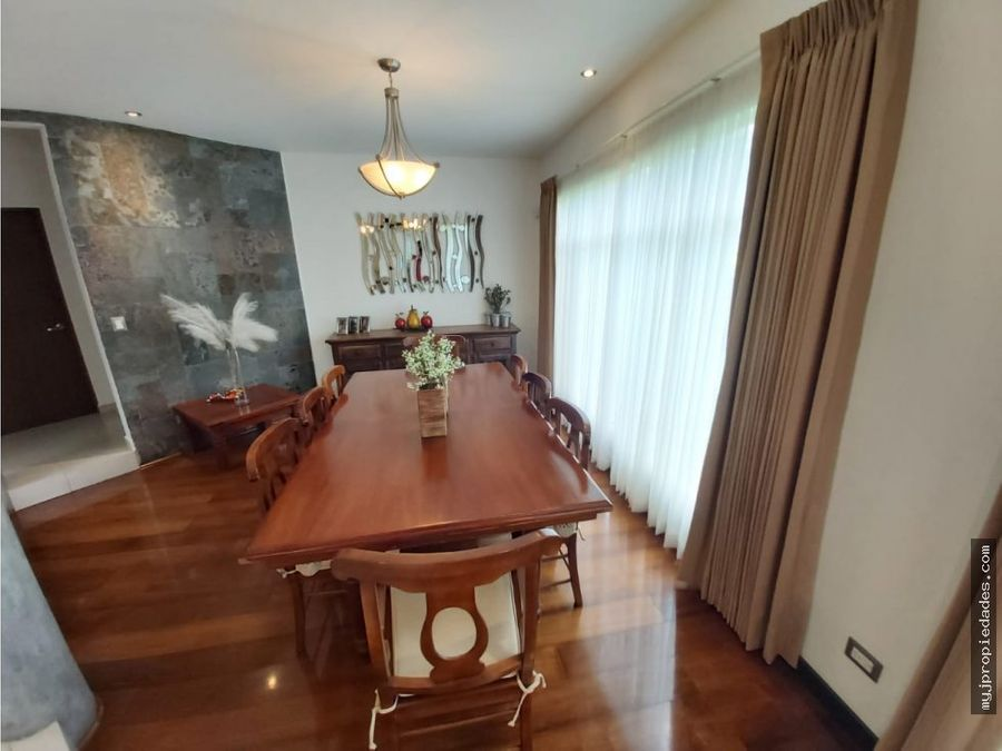 venta de hermosa casa independiente de 2 plantas