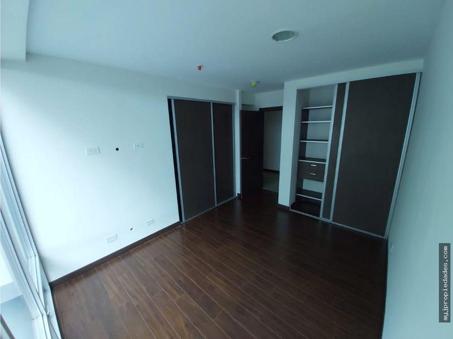 venta de nuevo apartamento con vistas en lujoso condominio