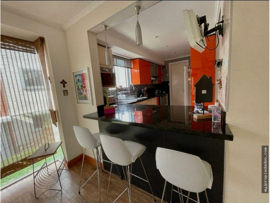 venta de moderna casa de 2 pisos en condominio escazu
