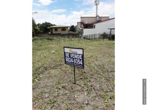 venta de amplio lote plano en residencial con seguridad escazu