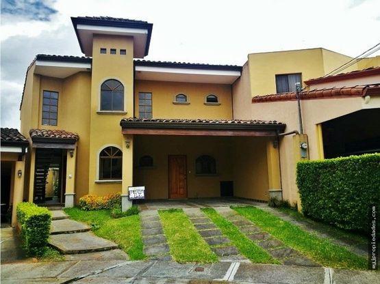 venta de casa en condominio curridabat