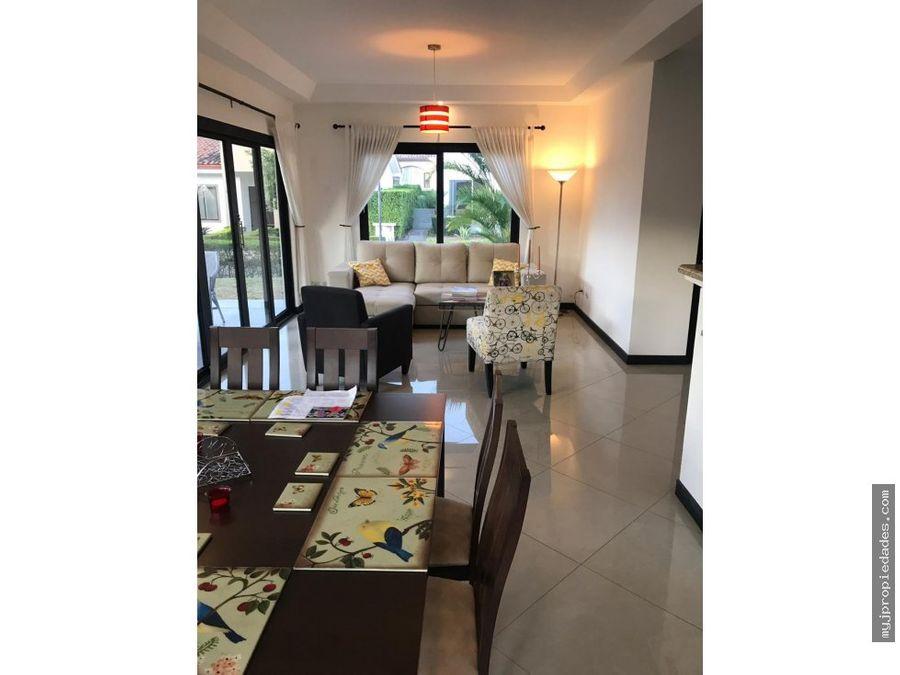 venta hermosa casa 2 plantas en condominio