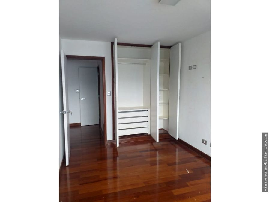 exclusivo departamento cerca a lima golf club